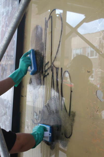 How to Remove graffiti from glass and mirrors graffiti removal spray best graffiti remover graffiti removal kit   graffiti removal products graffiti cleaner graffiti cleaning products